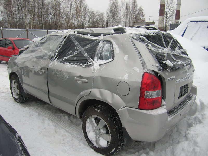 Хундай Туксон 2,0 МКПП передний привод 2006 года выпуска
