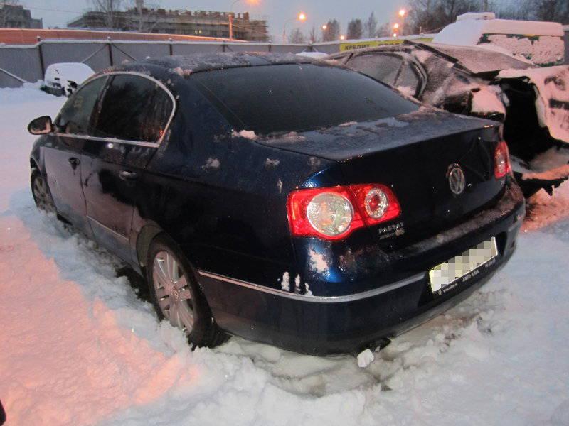 Фольксваген Пассат 1,8 АКПП 2007 года выпуска